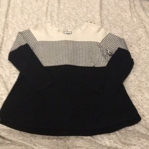 Women's plus size sweater